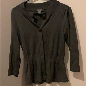 Ann Taylor like new cardigan size med